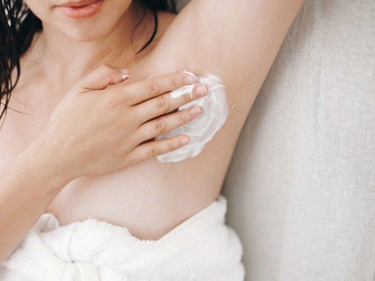 Smelly armpits: Causes, treatment, prevention, and when to seek help