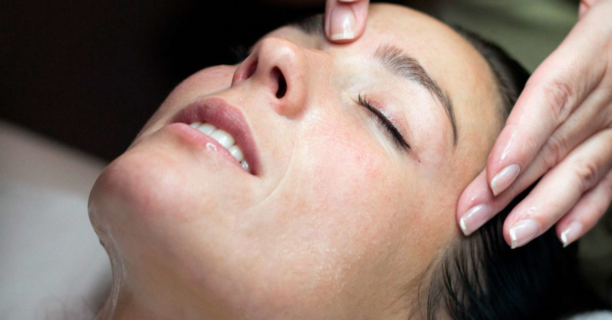 6 pressure points for falling asleep
