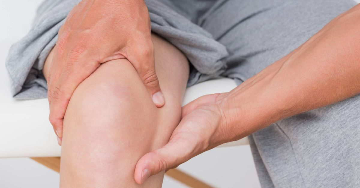 Knee injections for osteoarthritis: Options, procedure, and side effe
