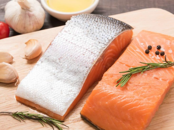 Salmon skin: Can you eat it and is it good for you?