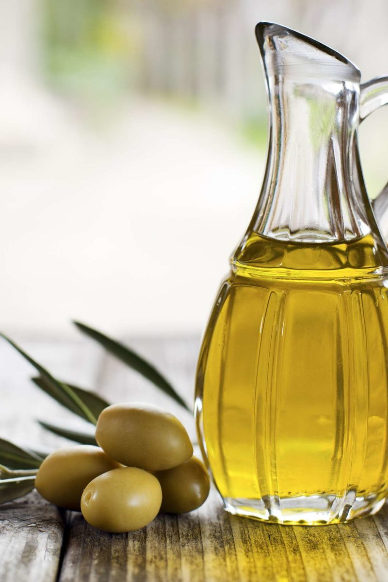 4 olive oil benefits for your face