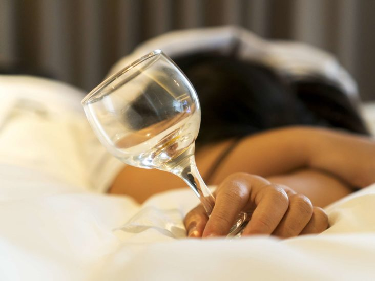 Alcohol and heartburn: Causes and prevention