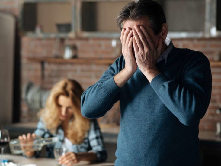 9 Best Ways To Deal With Alcohol Withdrawal Symptoms