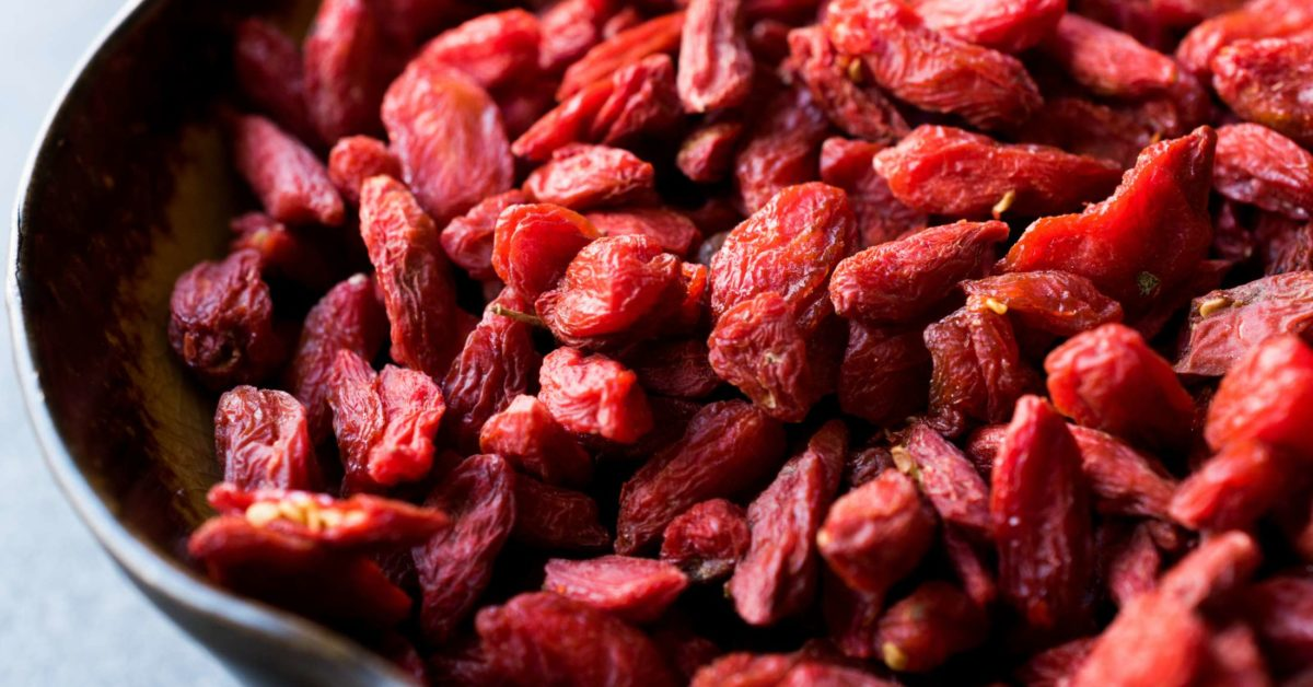 7 Goji Berry Benefits Backed By Science