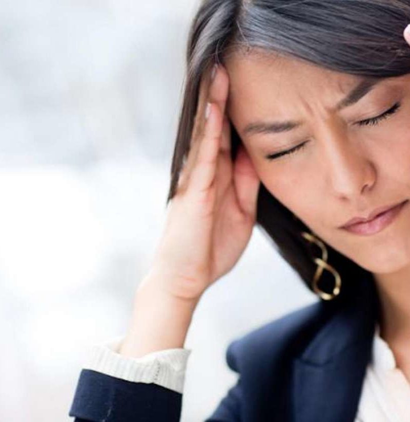 Síntomas de la gripe dolor agudo en la cabeza