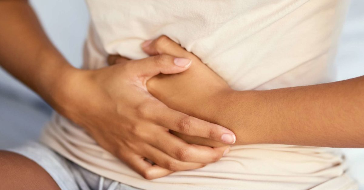 Upper stomach pain: 10 causes and when to see a doctor