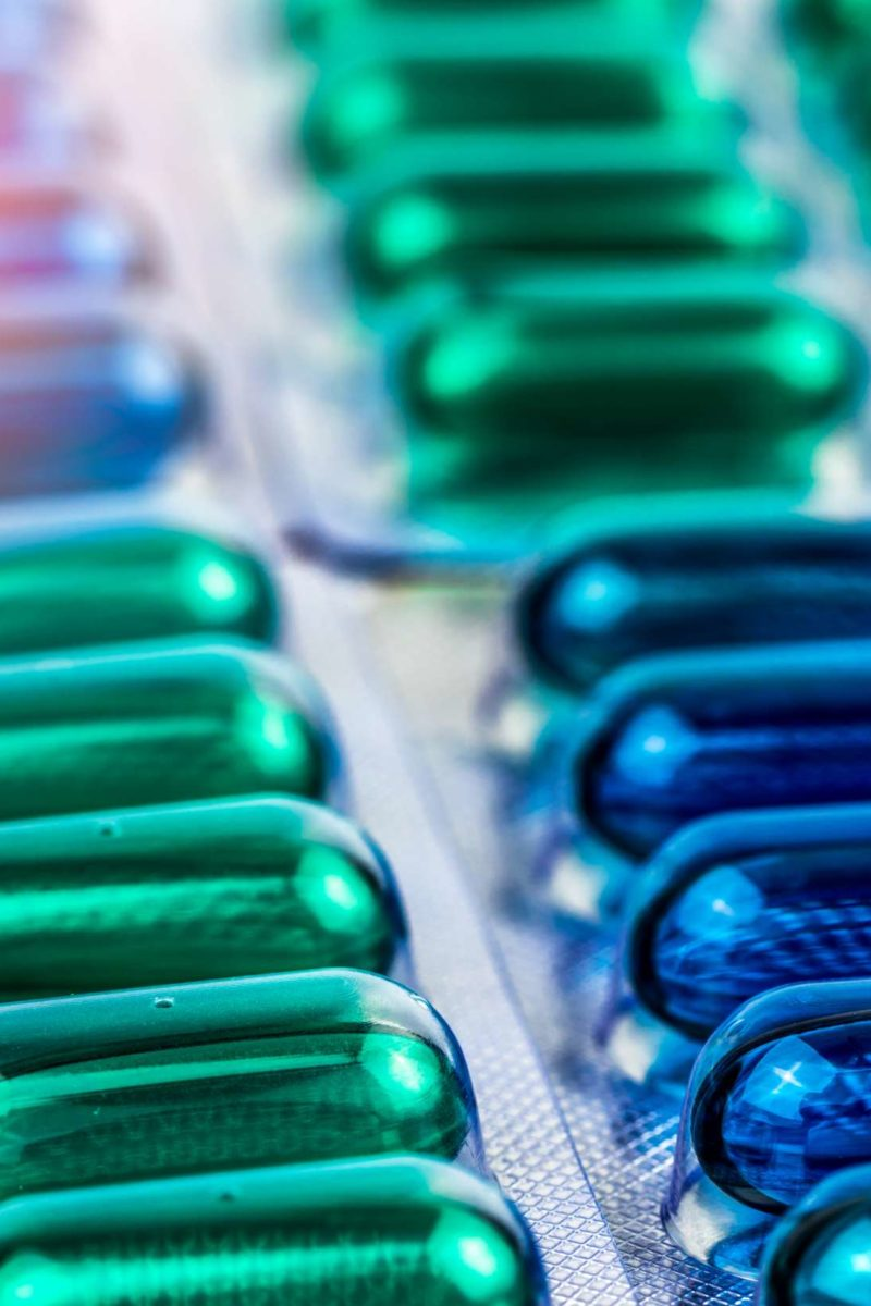 Naproxen vs. ibuprofen: Similarities and differences