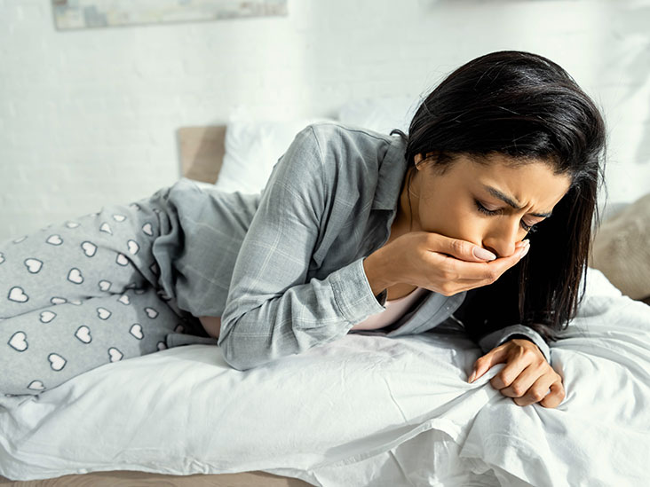 Bloated stomach, feeling sick, and tired: Causes and what to do